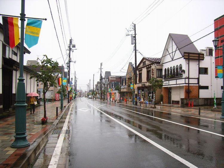 湯沢市街並み